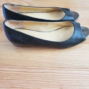 Shoes - Life left Cole haan flats